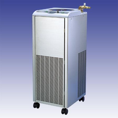 """低温循環水槽""""クールマン"""" C-760型、 C-761型(販売中止)"""