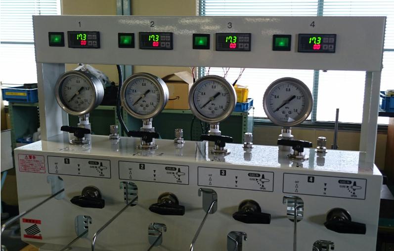 ケミストプラザ特注温度表示